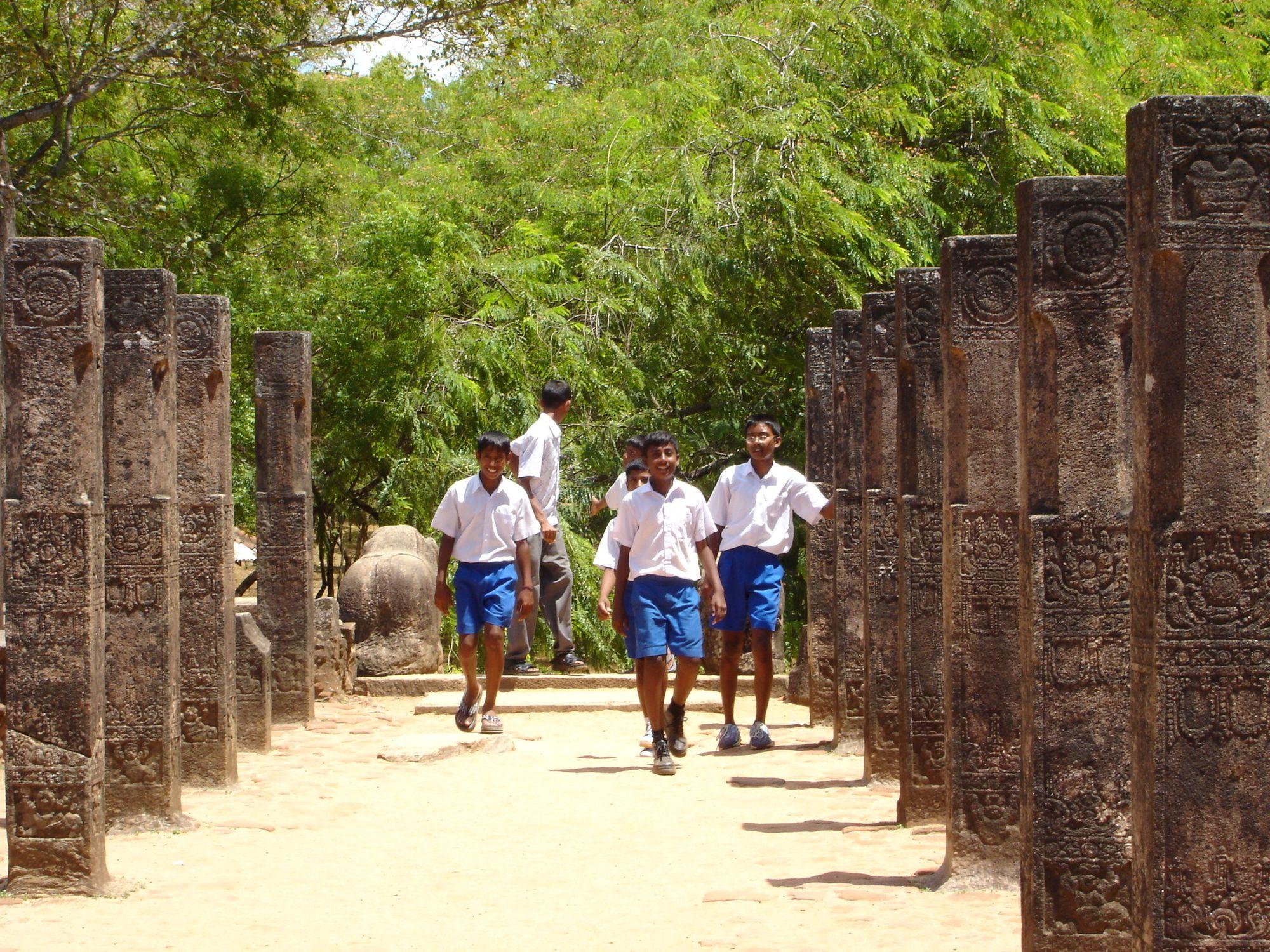 SLPollonaruwa--Ancient-Capitals-