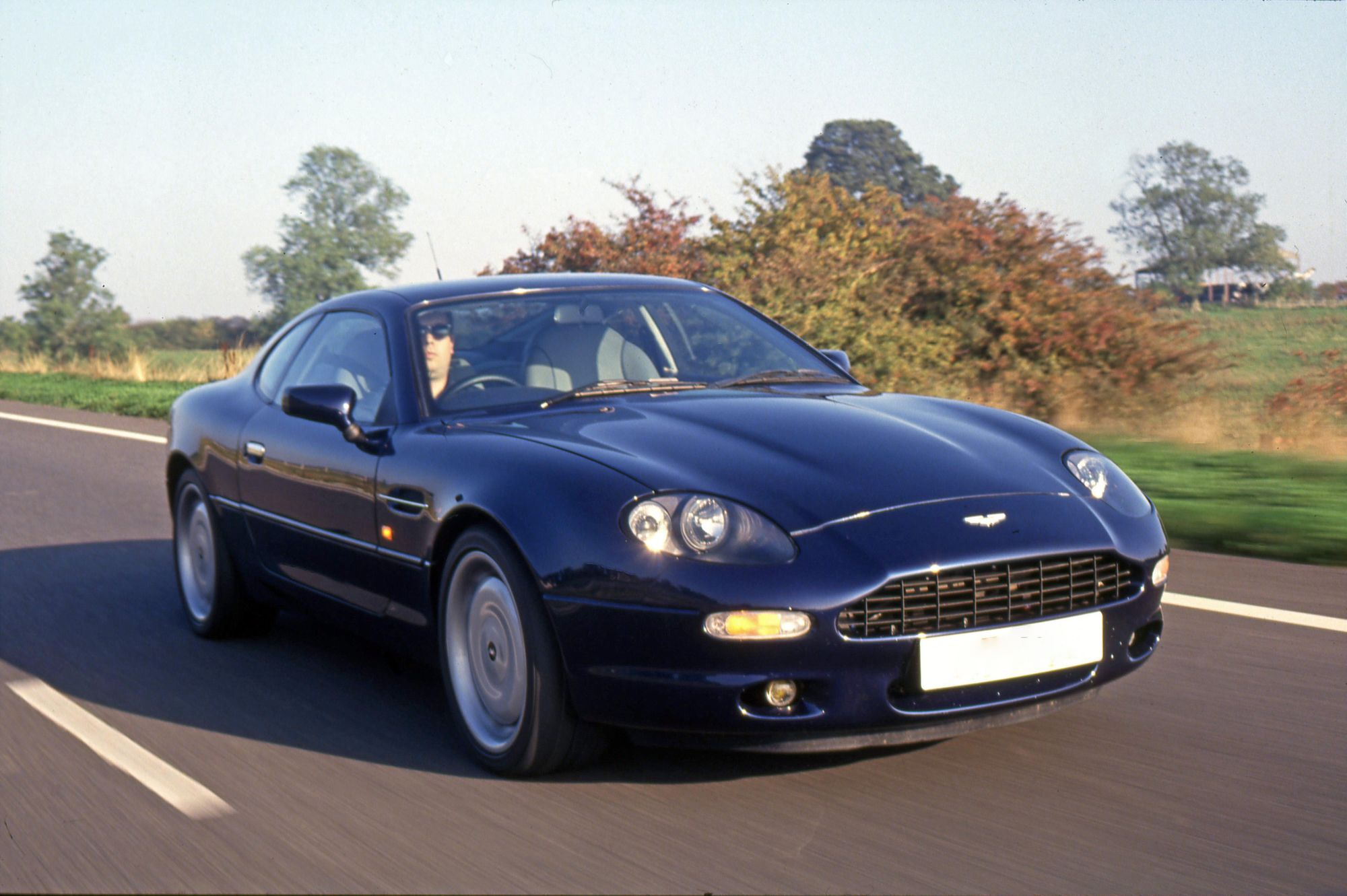 Aston_Martin_DB7